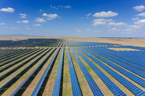 Aurinkoenergiassa vuosikasvuodote 27%