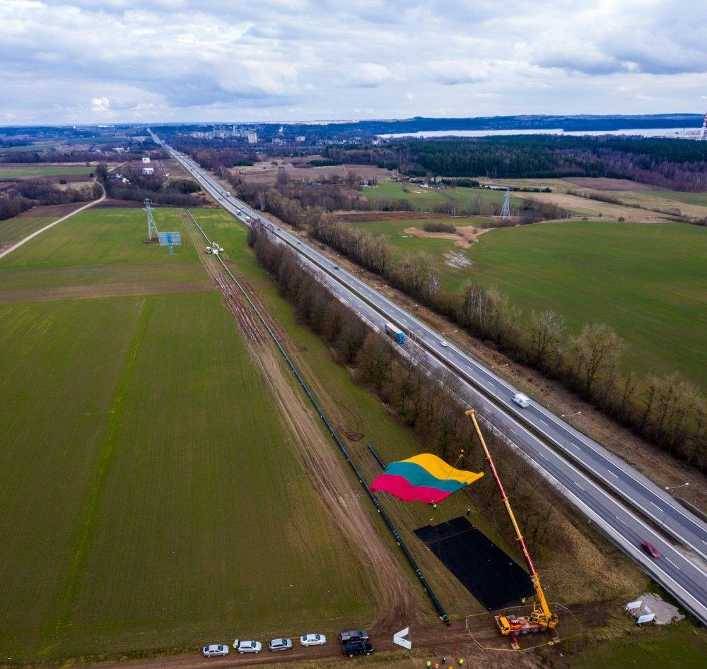 Kaasuyhteys Puolasta Liettuaan myöhästyy
